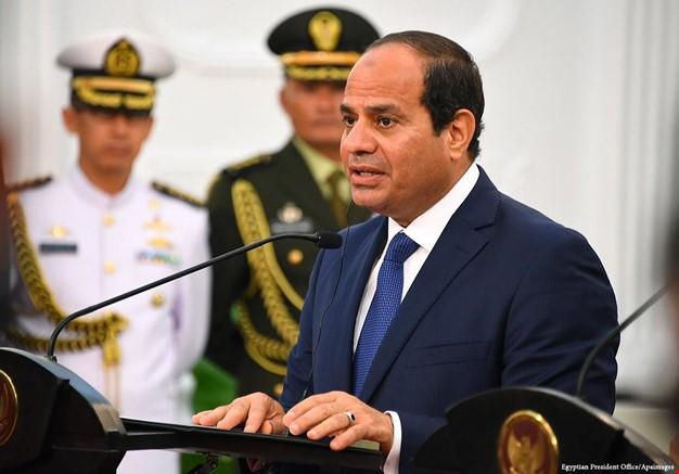 الرئيس المصري عبد الفتاح السيسي يعلن ترشحه لولاية رئاسية جديدة