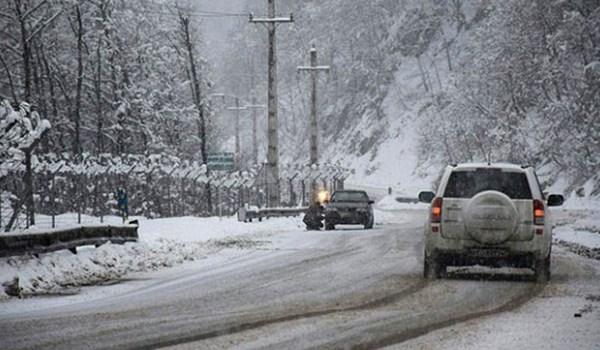 الثلوج تجتاح 7 محافظات ايرانية