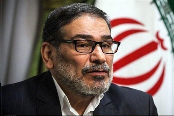 شمخاني: إيران اليوم أقوى من الأمس ولن تتراجع خطوة عن استراتيجيتها في المنطقة