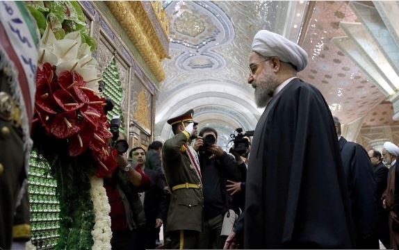رئيس الجمهورية وأعضاء الحكومة يجددون العهد مع مبادئ الامام الخميني (رض)