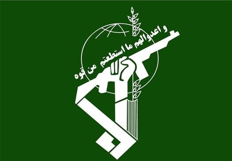 حرس الثورة الاسلامية: اتحاد الشعب والقوى الامنية