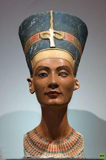روسيا تكشف عن الأسرار التي تخفيها رمال مصر ..صور