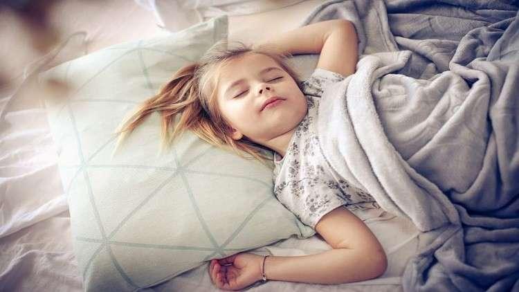صوت الأم يتفوق على إنذار الحريق في إيقاظ الأطفال!