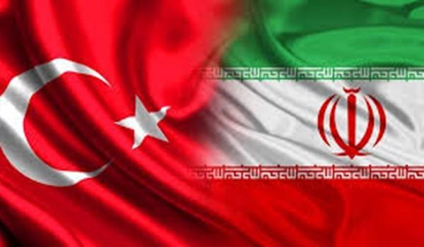 السفارة الايرانية بأنقرة تقيم حفلا بمناسبة الذكرى السنوية لانتصار الثورة الاسلامية