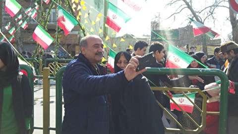 بالصور: مشارکة واسعة لابناء الشعب الإيراني في مسيرات ٢٢ من بهمن، ذکري انتصار الثورة الاسلامية في ايران