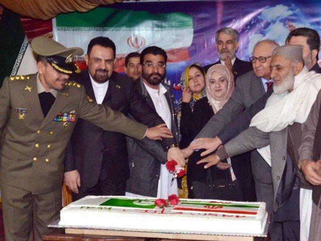 ايران وباكستان تسعيان لرفع حجم التبادل التجاري الي 5 مليارات دولار