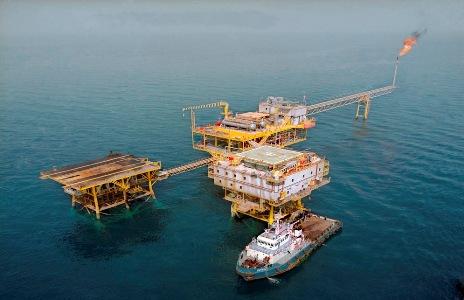 زيادة انتاج النفط الايراني من الحقول البحرية في الخليج الفارسي
