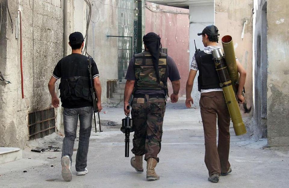 11 فصيلا في إدلب تشكل غرفة عمليات