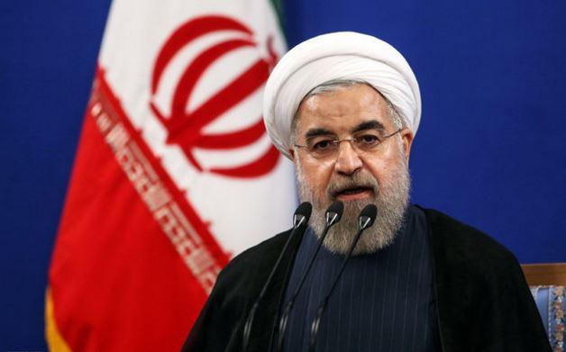 الرئيس روحاني: الدفاع المقدس كان حربا بوجه العالم بأسره