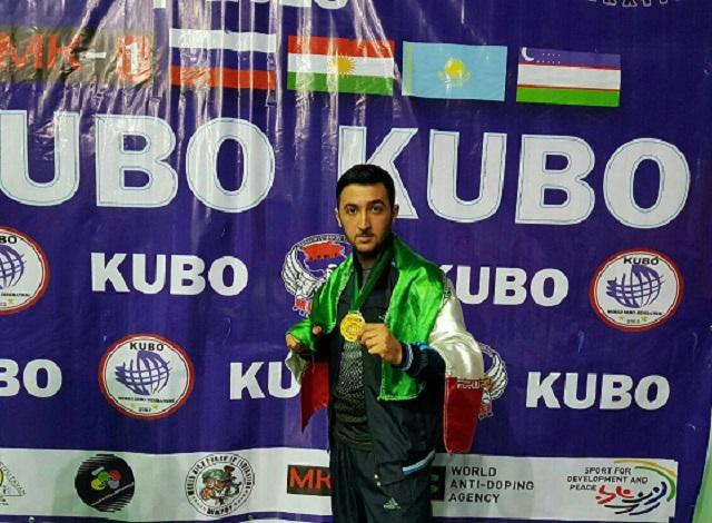 الايراني محمد ندايي يفوز بالميدالية الذهبية في بطولة ارمينيا للكونغ فو