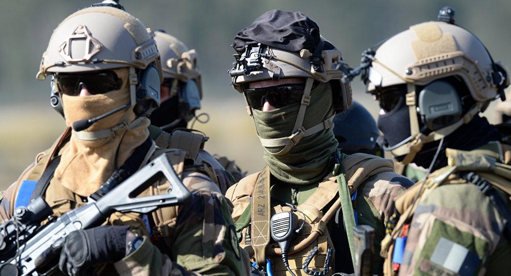 فرنسا تخصص 300 مليار يورو لتحديث الجيش