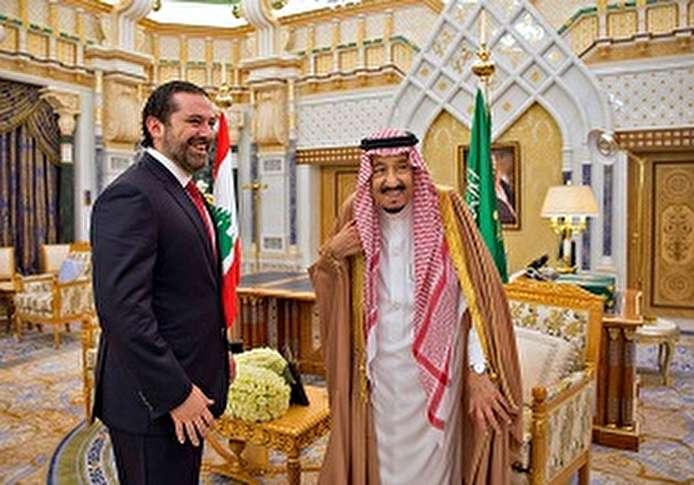 صور.. العاهل السعودى يستقبل رئيس وزراء لبنان فى مكتبه بالرياض