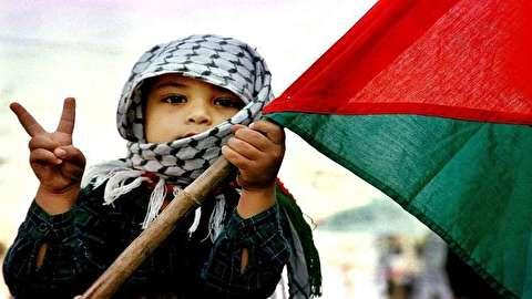 """الفلسطينيون يحضرون لمسيرة """"العودة الكبرى"""" في ذكرى يوم الأرض"""
