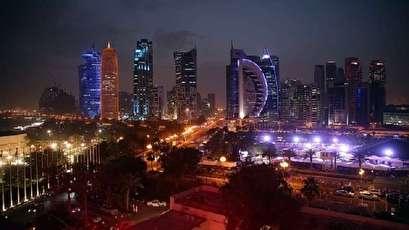 قطر تلاحق أكبر بنك إماراتي في واشنطن
