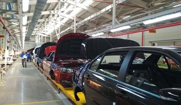 برعاية الرئيسان الايراني والاذربيجاني افتتاح مصنع خزر لصناعة السيارات وخط سكك حديد استارا - استارا