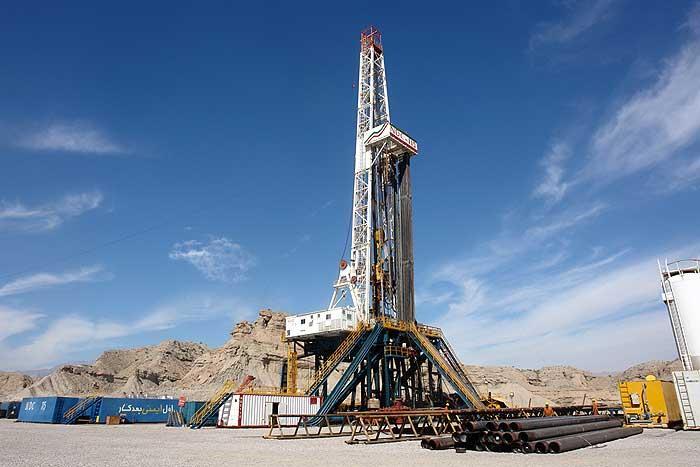 المدير العام لشركة النفط الوطنية : قريبا توقيع عقود نفطية جديدة