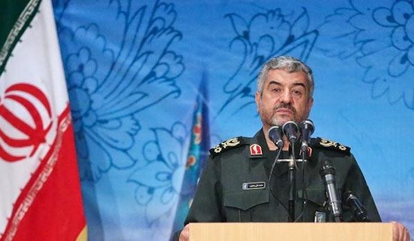 قائد الحرس الثوري: الانصياع لتوجيهات الولي الفقية سر تحقيق مبادئ الثورة الاسلامية