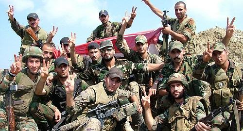 الجيش السوري يرفع العلم فوق مبنى مدينة دوما ويعلن تحريرها بالكامل