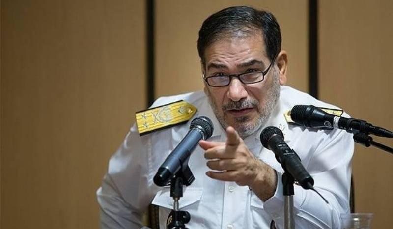 شمخاني: ايران لن تستسلم أمام الغطرسة والجشع الأمريكي