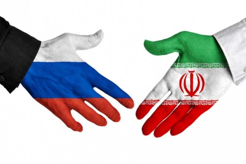 الروس سیقومون بتطویر حقلین نفطین إیرانیین مشتركین مع العراق