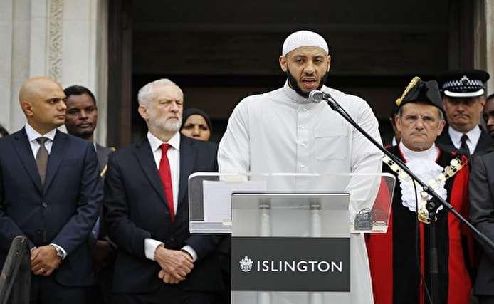صور.. بريطانيا تحيى الذكرى الأولى للهجوم الإرهابى على مسجد فينسبرى فى لندن