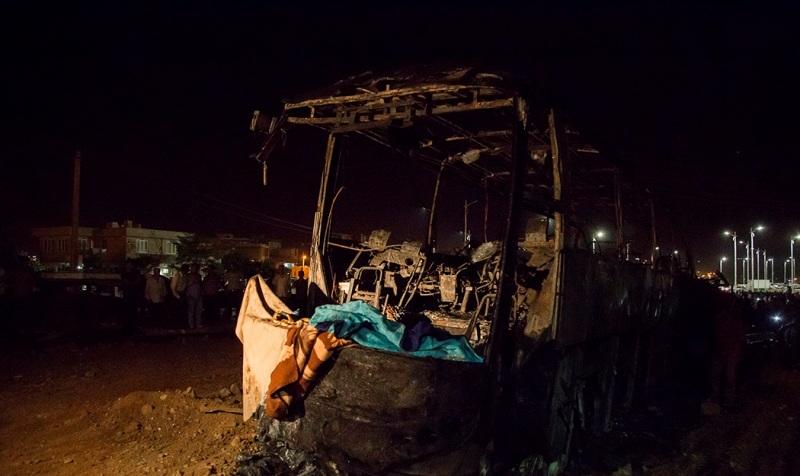 إصطدام صهريج وقود بحافلة ركاب في مدينة سنندج أدّي الي مصرع 11 راكباً
