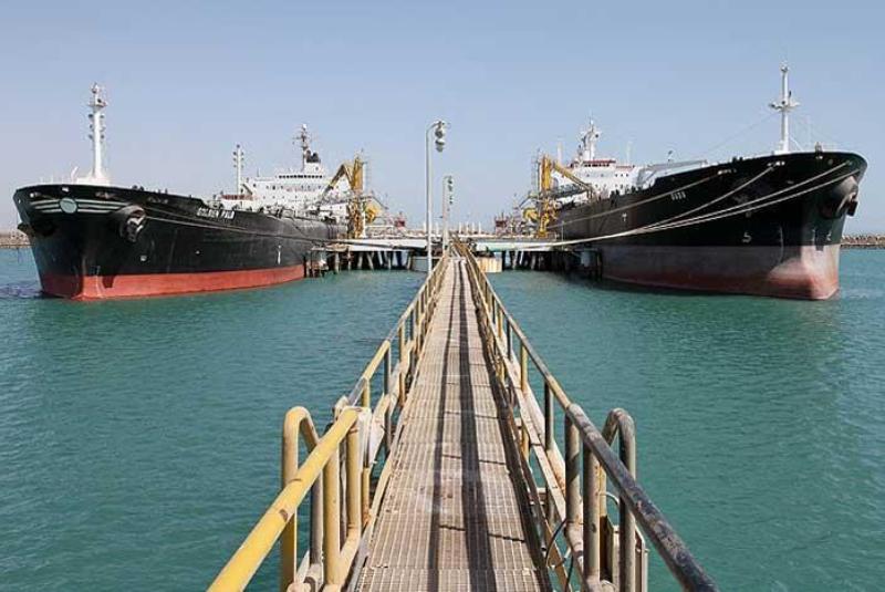 صادرات ايران من النفط والسوائل الغازية تتجاوز 2.6 مليون برميل