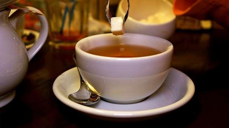 احذروا إضافة السكر إلى القهوة والشاي!