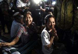 عملية إنقاذ الصبيان المحتجزين في كهف مغمور بالمياه بتايلاند