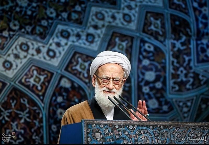 في خطبتي الجمعة بطهران آية الله امامي كاشاني: ايران بحاجة الى خطة هجومية في الاقتصاد