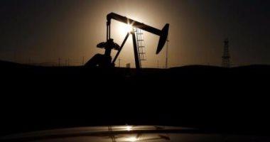 خبير أمريكى: داعش تتحصل على 50 مليون دولار سنويا من تهريب النفط رغم هزائمها