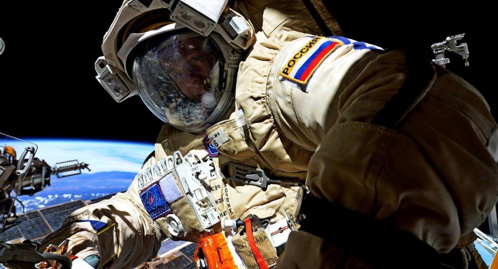 روسيا والصين يبحثان مشروع مشترك لبث الإنترنت من الفضاء