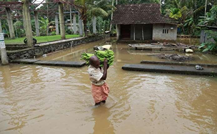 ارتفاع حصيلة ضحايا فيضانات جنوب الهند إلى 27 شخصا...صور