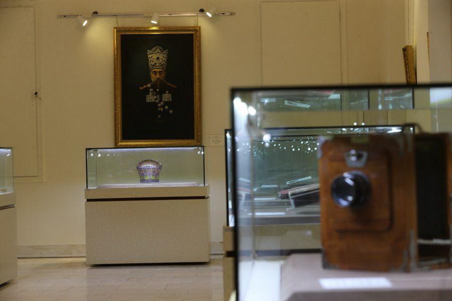 عرض القطع الأثرية المعادة من متحف اللوفر في طهران