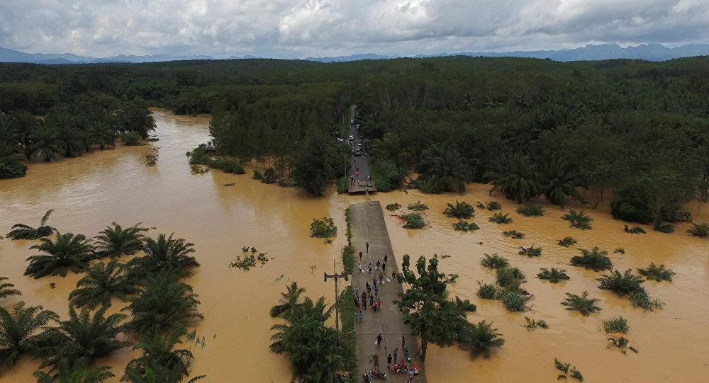 الفيضانات تقتل 100 شخص في نيجيريا