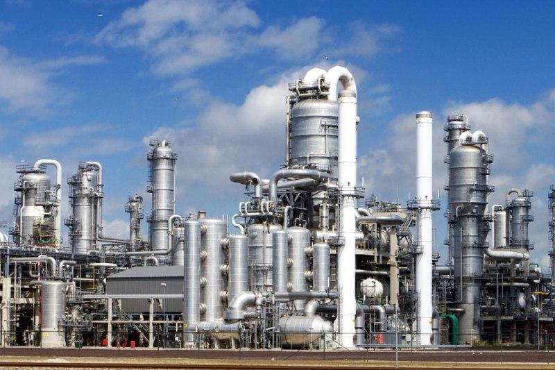 مساعد وزير النفط : الصين تستثمر ملياري يورو في قطاع المصافي في جنوب ايران