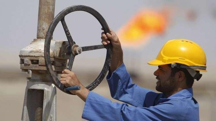 النفط يصعد بعد خفض السعودية إمدادات الخام إلى الولايات المتحدة
