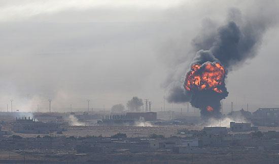 صور.. جيش الاحتلال التركى يكثف القصف فى محيط مدينة رأس العين السورية