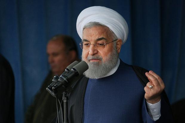 روحاني: أمریكا تسعى إلى إذكاء الخلافات داخل البيت الإيراني
