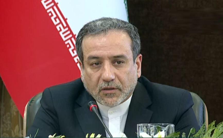 عراقجي يعلن نية طهران إيقاف جميع التزاماتها بشأن الاتفاق النووي