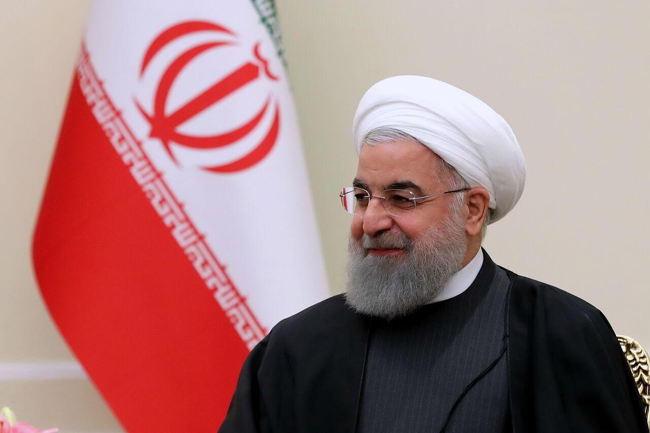 روحاني يهنئ نظراءه في الدول الاسلامية لمناسبة ذكرى ميلاد النبي الاكرم (ص)