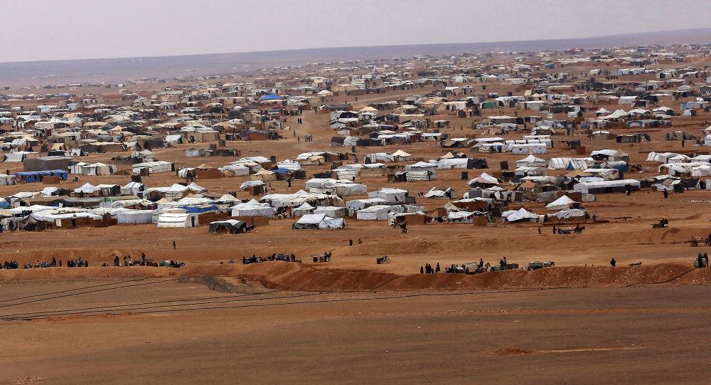 إجلاء أكثر من 18 ألف لاجئ من مخيم الركبان بفضل الجهود السورية - الروسية