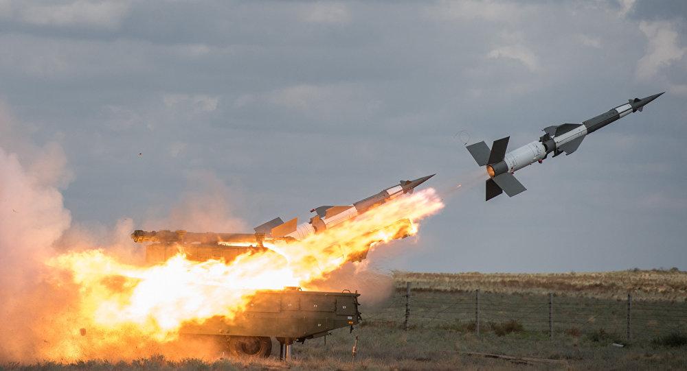 الدفاع الجوي السوري يتصدى لهجوم من 6 طائرات إسرائيلية على دمشق ويسقط 11 صاروخا