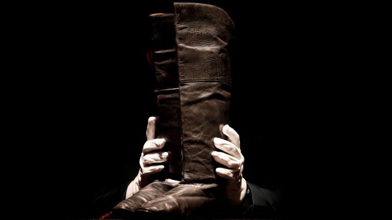 حذاء نابليون بـ