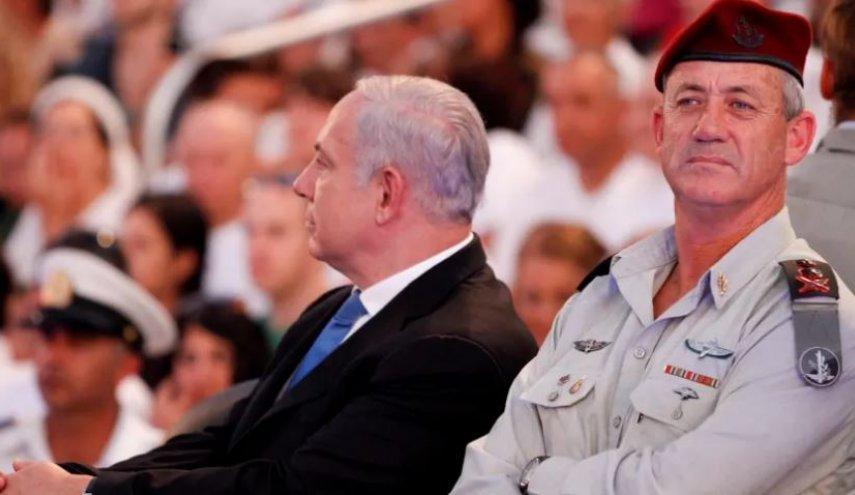 حزب غانتس يعلق على تعيين بينت وزيراً للحرب