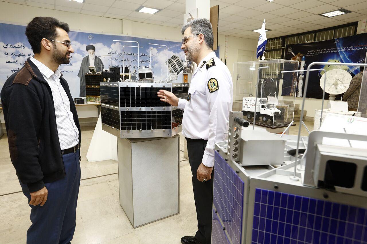 وزير الاتصالات: الصناعة الدفاعية الإيرانية ازدهرت خلال فترة الحظر