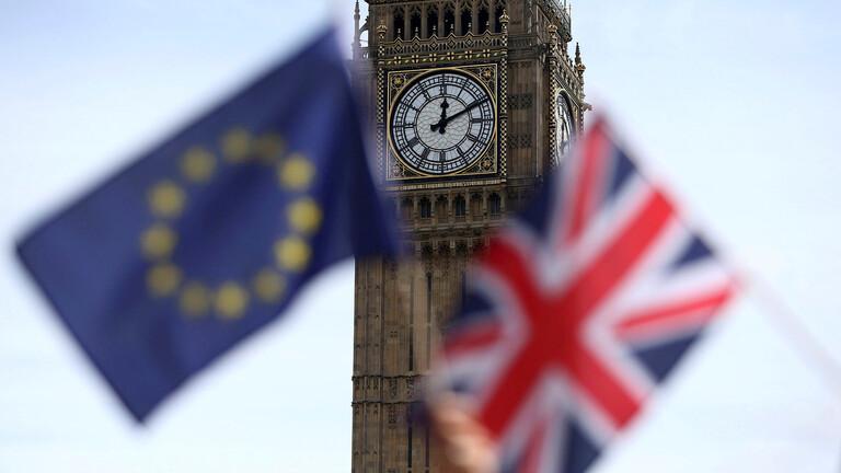 استطلاعات الرأي تظهر فوز المحافظين في بريطانيا بأغلبية مطلقة