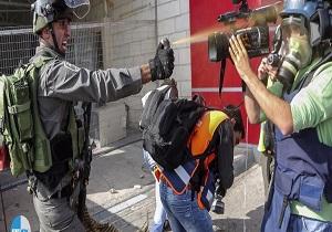 انتهاكات الاحتلال.. إصابة 154 صحفياً فلسطينياً في 2019