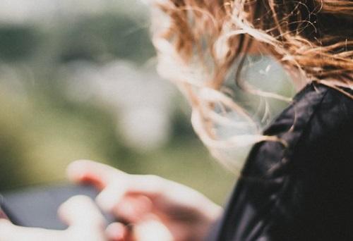 استخدام المراهقين لوسائل التواصل الاجتماعي مرتبط باضطرابات الأكل