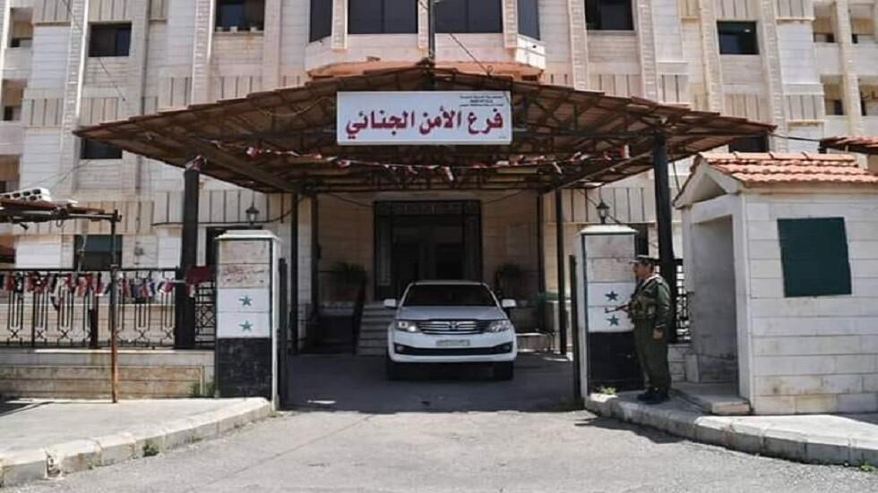 دمشق تضبط شبكة لتهريب السيارات والعملة السورية إلى لبنان